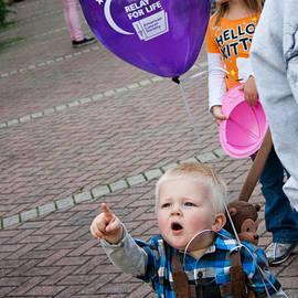 Stephani JeauxDeVine - Balloon Launch