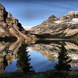 Vickie Emms - Beautiful Bow Lake