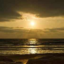 Nadya Ost - Black Sunset