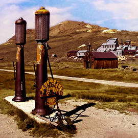 Bob and Nadine Johnston - Bodie CA Ghost Town