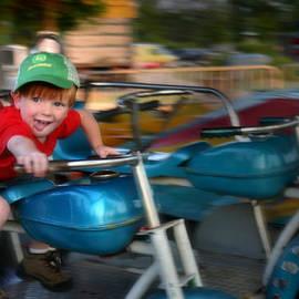 Kelly Hazel - Born to Ride