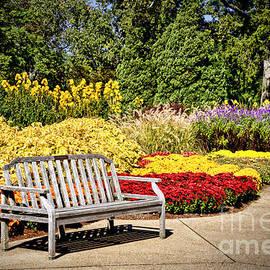 Cheryl Davis - Botanical Beauty