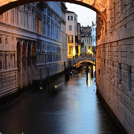 Barbara Walsh - Bridge of sighs