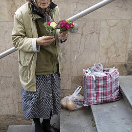 Madeline Ellis - Budapest Flower Woman