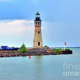 Kathleen Struckle - Buffalo Lighthouse