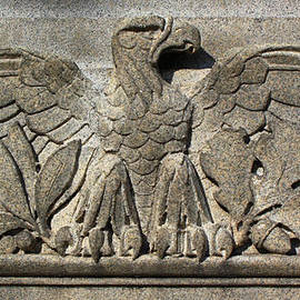 Geoff Strehlow - Eagle in Stone