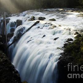 Bob Christopher - Englishman Falls