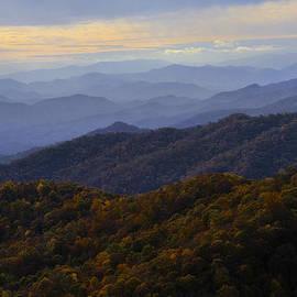 Lynn Bauer - Fall Sunset on the Blue Ridge
