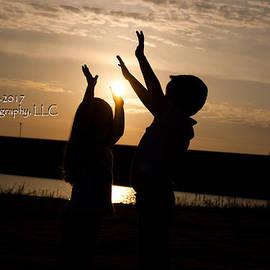 Stephani JeauxDeVine - Fun with the Sun