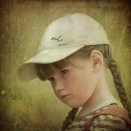 Evelina Kremsdorf - Girls Don