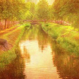 Mark Richards - Golden Light Grand Canal Dublin Ireland