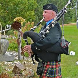Randy Rosenberger - Keen of the Kilt