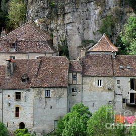 Lainie Wrightson - Life in Rocamadour