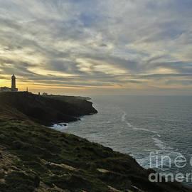 Nabucodonosor Perez - Lighthouse