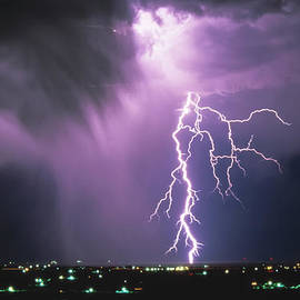 Leland D Howard - Lightning Storm