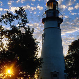Daniel Dempster - Marblehead Lighthouse Sunrise - FS000228