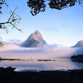Kevin Smith - Mitre Peak