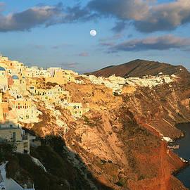 Cliff Wassmann - Moonrise over Santorini