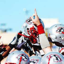 University of New Mexico Athletics - New Mexico Football Huddle