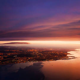 Jenny Rainbow - Nigh Flight over Edinburgh. Scotland