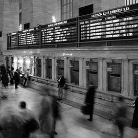 Nina Papiorek - NYC Grand Central Station