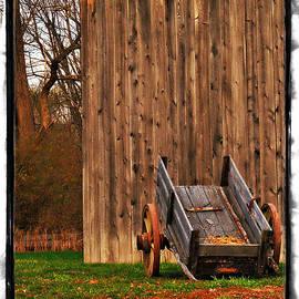Joan  Minchak - Ohio Wheelbarrel in Autumn