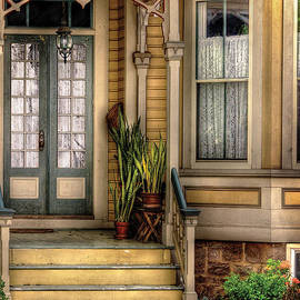 Mike Savad - Porch - House 109