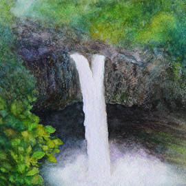 Kerri Ligatich - Rainbow Falls in Hilo Hawaii