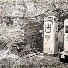 Lenore Senior and Dawn Senior-Trask - Ranch Gas Pumps