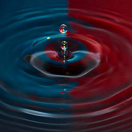 Nadya Ost - Red and Blue Water Drop No.13
