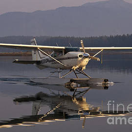 Darcy Michaelchuk - Reflections of a Float Plane