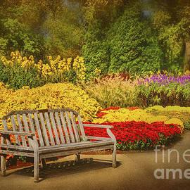 Cheryl Davis - Romantic Flower Garden