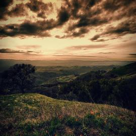 Laszlo Rekasi - Romanticizing the sunset at Mount Diablo