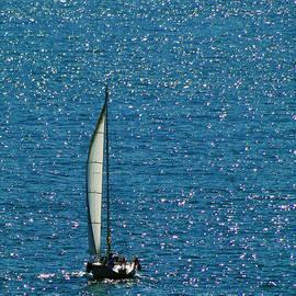 Sue Melvin - Sailing Solo