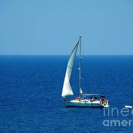 Sue Melvin - Sailing the Deep Blue Sea