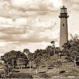 Rudy Umans - Sepia Lighthouse