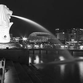 Jinny Tan - Singapore Merlion