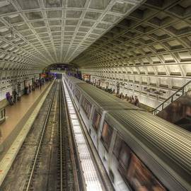Shelley Neff - Smithsonian Metro Station