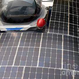 Yali Shi - Solar Powered Car
