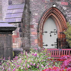 Patty Gross - Stone Church in Scotland
