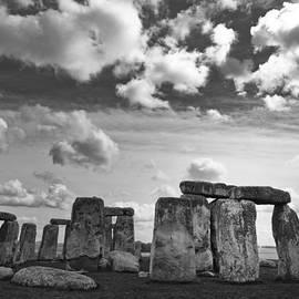 Maj Seda - Stonehenge 2