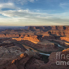 Sandra Bronstein - Sunrise At Dead Horse Point State Park