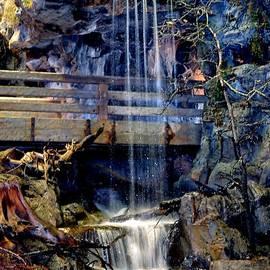 Deena Stoddard - The Falls