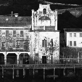 Laszlo Rekasi - The port of Alcatraz