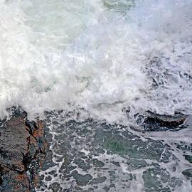 Lynda Lehmann - Tidal Surge at Thunder Hole