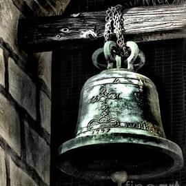 Danuta Bennett - Tower Bell