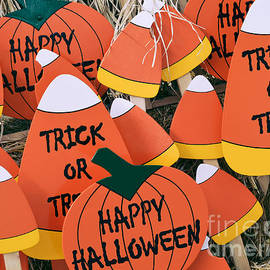 Julie Palencia - Trick or Treat Happy Halloween