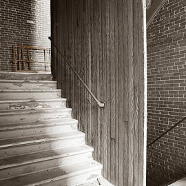 Jan Faul - Upstairs Downstairs