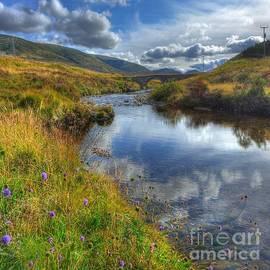 John Kelly - Upstream to the Bridge