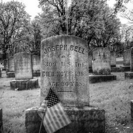 Joshua House - Veteran Grave Veteran Flag